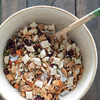 Muesli with Almonds, Coconut & Dried Fruit