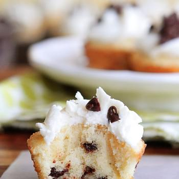 Mini Chocolate Chip Maple Pancake Cupcakes