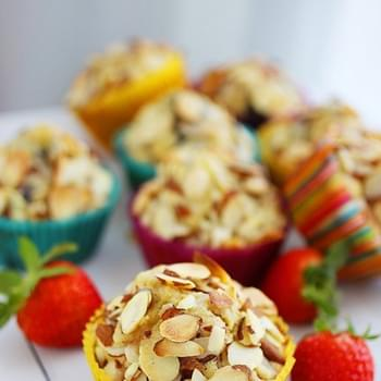 Sugar-Free Almond Berry Muffins