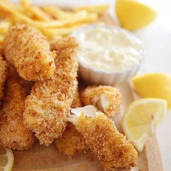 Crispy Baked Fish Sticks with Tartar Sauce
