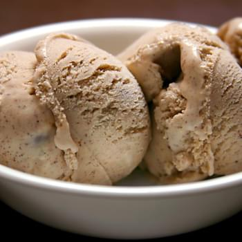 Cinnamon Vanilla Ice Cream