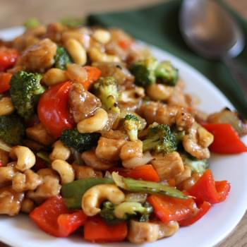 Sriracha Honey Cashew Chicken