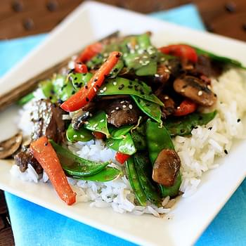 Gingered Skirt Steak with Snow Peas, Mushrooms, and Peppers