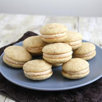 Peanut Butter and Banana Whoopie Pies