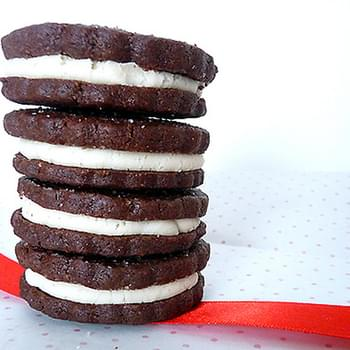 Chocolate Sandwich Cookies (Homemade Oreos)