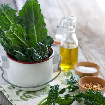 Spicy Smoky Kale Chips