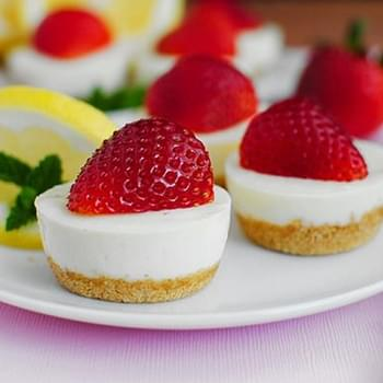 No-Bake Strawberry Lemonade Bites