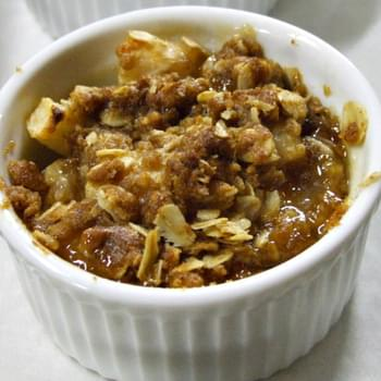 Maple- Ginger Pear Crisp