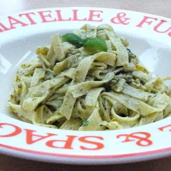 Tagliatelle Al Pesto E Yogurt
