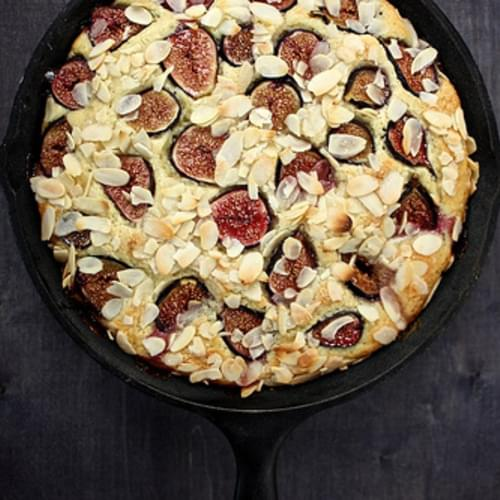 Fresh Fig and Almond Breakfast Cake