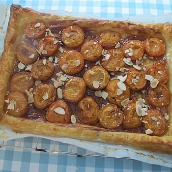 Apricot Tart with smoked Mexican honey