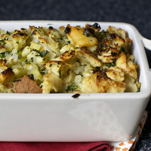 Apple-herb Stuffing For All Seasons