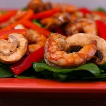 Asian Spinach Salad with Shrimp, Red Pepper, and Mushrooms