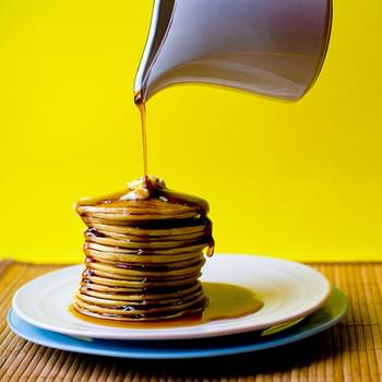 Easy Weekend Pancakes