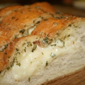 Hassleback Cheesy Garlic Bread