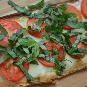 Flatbread Margherita Pizza