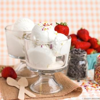 Healthy Vanilla Bean Greek Frozen Yogurt