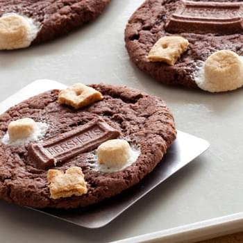 Chocolate Cake S'mores Cookies