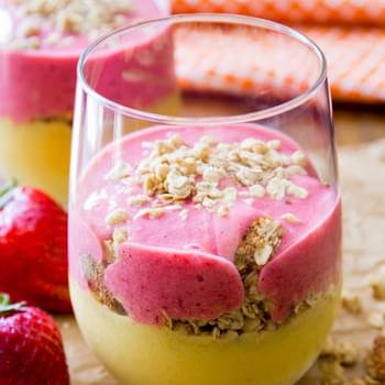 Strawberry Mango Breakfast Smoothie