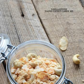 5-Ingredient Vanilla-Scented Toasted Coconut-Cashew Mix {Paleo}