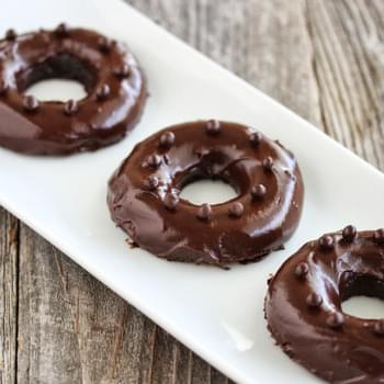 1 Minute Microwave Chocolate Mochi Donuts