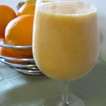 Sweet Grapefruit Smoothie Recipe with Orange and Banana