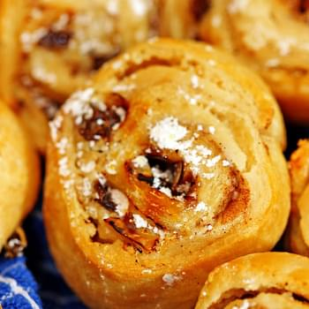 Mini Cinnamon Raisin Cream Cheese Buns