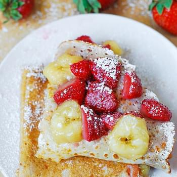 Crepes With Strawberry, Banana, And Peanut Butter