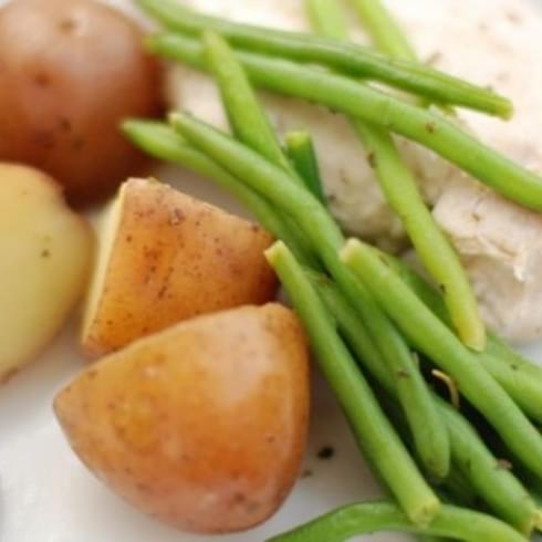 Skillet Chicken with Potatoes & Haricot Vert