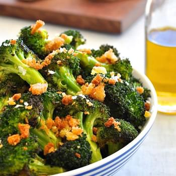 Roasted Broccoli with Toasted Pangritata (Breadcrumbs)