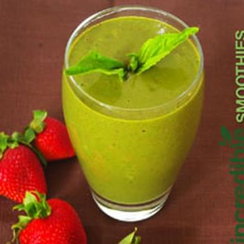 Strawberry-Banana Green Smoothie with Basil and Hazelnut
