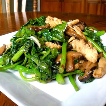 CHICKEN AND CHINESE BROCCOLI
