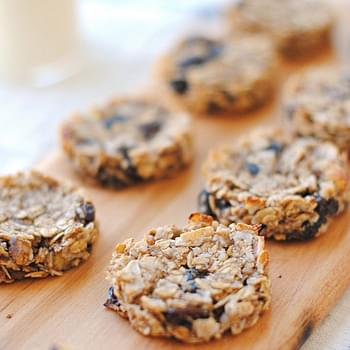 Guilt-Free Oatmeal Raisin Cookies