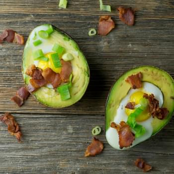 Baked Avocado with Eggs and Bacon