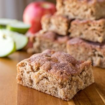 Apple and Brown Sugar Snickerdoodle Cake