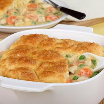 Hearty Chicken and Biscuit Casserole