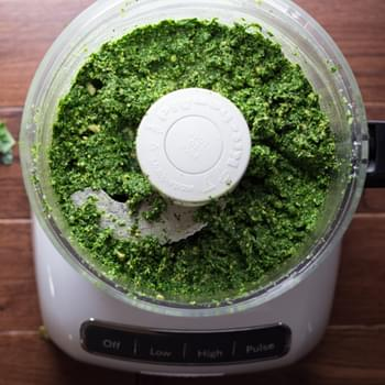 Kale, Pepita & Sunflower Seed Pesto