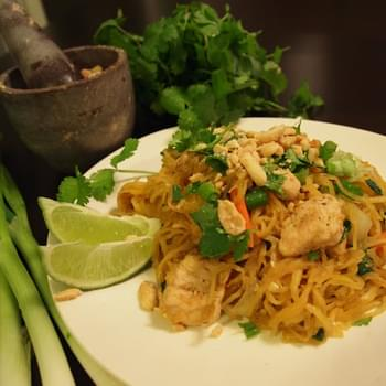 Chicken Pad Thai made with Spaghetti Squash