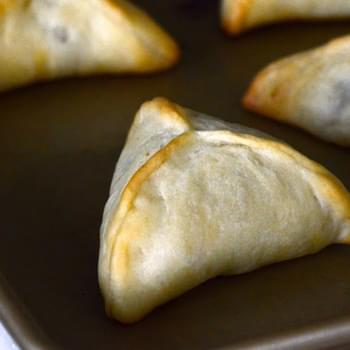 Lebanese Meat Pies (fatayar). The raw and the cooked.