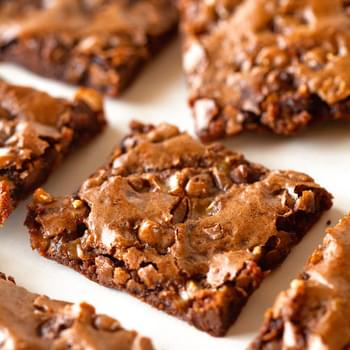 Toffee and Chocolate Chip Brownie Bark
