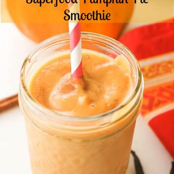 Superfood Pumpkin Pie Smoothie