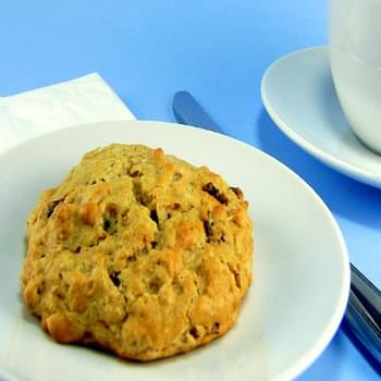 Oatmeal Scones with Dates