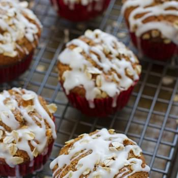 Healthy Apple Muffins with Vanilla Glaze