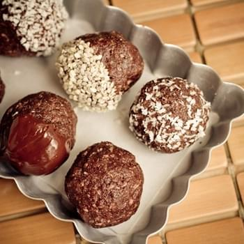 No Bake Chocolate Macaroons