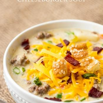 Slow Cooker Cheeseburger Soup