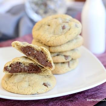 NUTELLA FILLED CHOCOLATE CHIP COOKIES