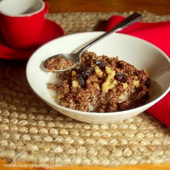 Gingerbread Spiced Breakfast Quinoa