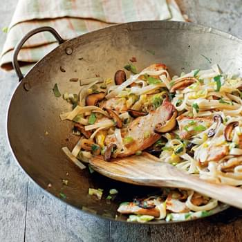 Sesame-Ginger Noodles with Chicken and Vegetables