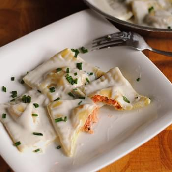 Smoked Salmon Ravioli With Cream Cheese Sauce