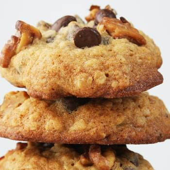 Banana- Walnut Chocolate Chip Cookies